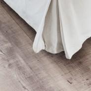 cropped-reclaimed-oak-detail-2
